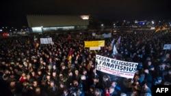 """Акция """"Против исламизации Запада"""" в Дрездене, 22 декабря 2014 года."""