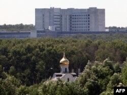 Ресей сыртқы барлау қызметі ғимаратының алыстан түсірілген суреті. Мәскеу маңы, 29 маусым 2010 жыл. (Көрнекі сурет)