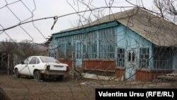 În satul Valea Trestieni