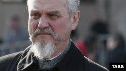 Андрей Зубов на одной из оппозиционных манифестаций в Москве