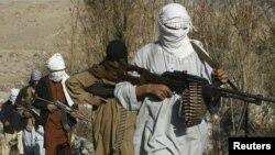 «Талибан» қарулы жасағы. Ауғанстан. 13 желтоқсан 2010 жыл. (Көрнекі сурет)