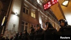 Полиция против оппозиции. Москва, 7 декабря 2011 г