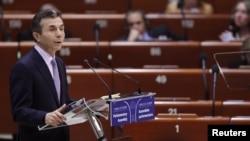 Грузинскому премьеру в ПАСЕ пришлось отвечать на малоприятные вопросы о его проблемах с грузинской оппозицией, отношениях с Россией и конфликтными регионами