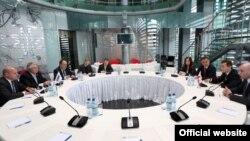 Последней в рамках нынешнего визита стала встреча в среду членов делегации ПА ОБСЕ с премьер-министром Бидзиной Иванишвили