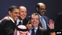 Participants of the G20 summit pose in London on April 2.