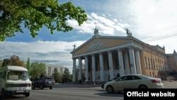 Опера жана балет театры. Бишкек