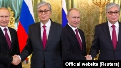 Фотографии с Владимиром Путиным и Касым-Жомартом Токаевым до и после фотошопа.