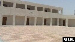 احدى المدارس الجديدة في العمارة(الارشيف)