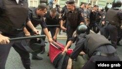 Задержание участников протеста в Санкт-Петербурге. 9 сентября 2018 года