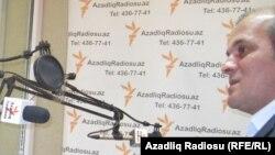"""Salam Sarvan, Azadlıq Radiosunun """"Pen klub"""" proqramında"""