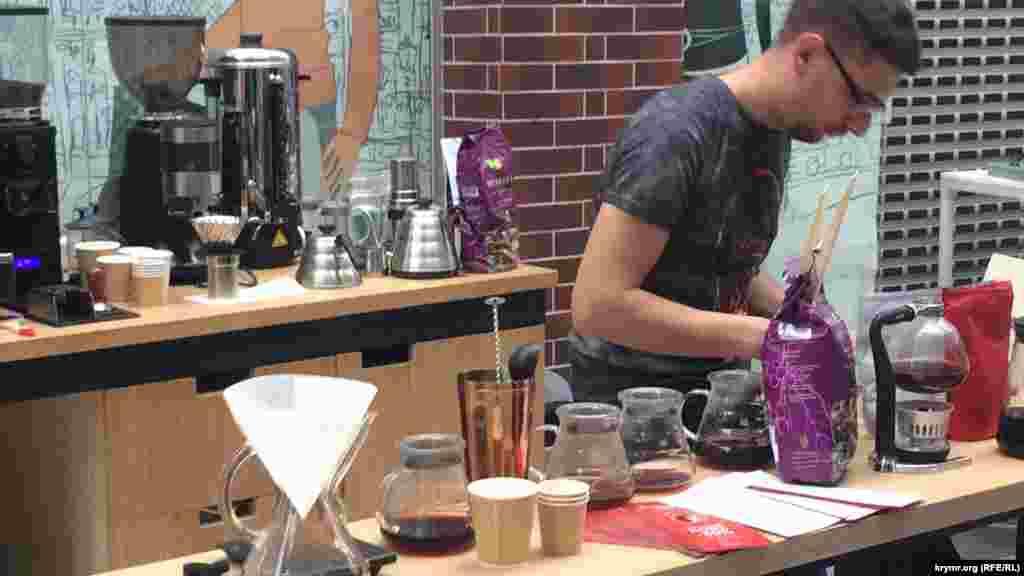 Правильно молоть кофе и разбираться в кофейной карте