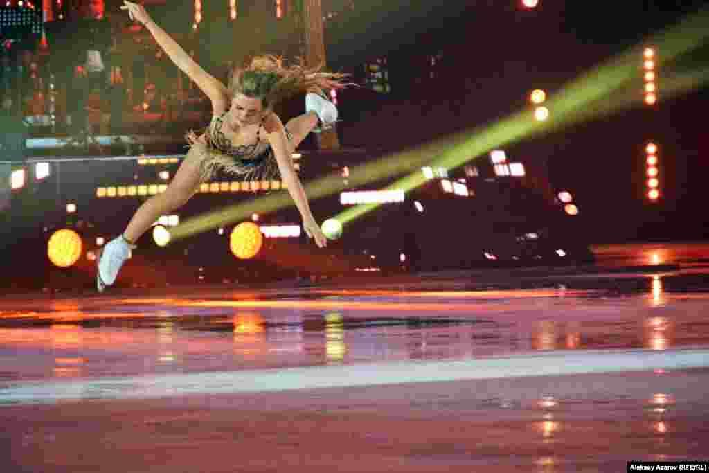 Российская фигуристка Елена Радионова – победитель и призер многих крупных соревнований. В 2017 году она завоевала в Алматы золото Универсиады.