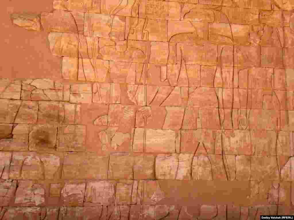 Храм Амона в Наке был построен в 1 веке н.э. царем Накатамани