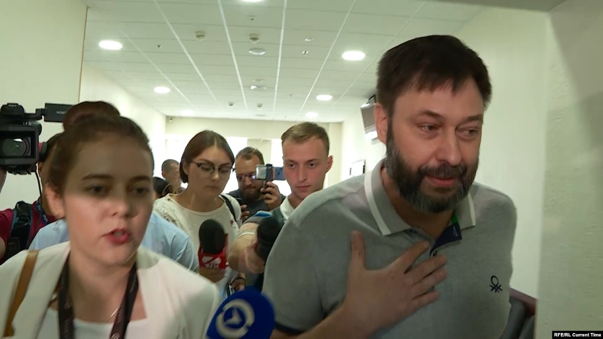 Kyiv Court Releases Russian Journalist Vyshinsky From Custody Ahead Of Trial