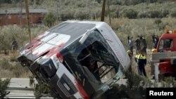 Испанияда аварияга учраган талабалар автобуси.