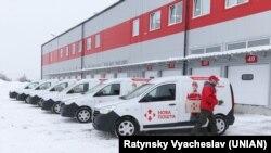 Автомобілі компанії «Нова пошта». Київ, березень 2018 року