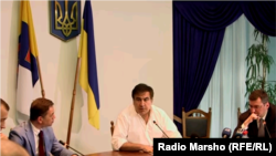 Саакашвили прокурорлар билан учрашувда.