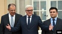 Міністри закордонних справ Німеччини Франк-Вальтер Штайнмаєр (ліворуч) та України Павло Клімкін