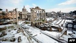 Востаннє сніг у Римі випадав шість років тому (фото 11 лютого 2012 року)