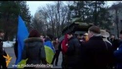 Молоді євромайданівці Дніпропетровська «будили студентство»