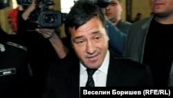Младен Михалев - Маджо пристига в Съдебната палата в София на 16 март 2010 г., за да свидетелства по неуспешното дело срещу братя Маргини за организиране на три убийства