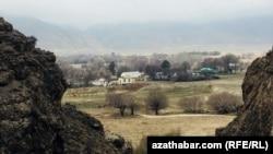 Село Гермаб, Ахалская область Туркменистана, Апрель, 2018