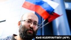 Илья Азар, архивная фотография