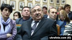 4 червня Верховний суд визнав незаконною і скасував постанову Верховної ради про звільнення Татькова з посади судді Вищого госпсуду України