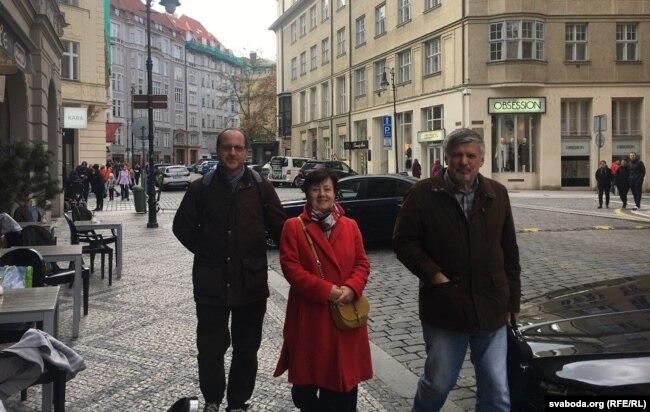 Томаш Камусэля, Бэата Камусэля, Ян Максімюк, Прага, кастрычнік 2019