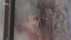 Из Авдеевки эвакуируют местных жителей (видео)
