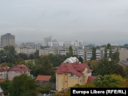 Panorama Chişinăului de pe acoperişul Castelului de Apă