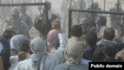من مواجهة سابقة بين سكان مخيم أشرف وقوات أمن عراقية