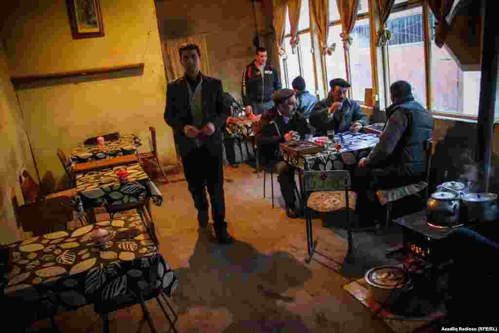 Teahouse in Lahij