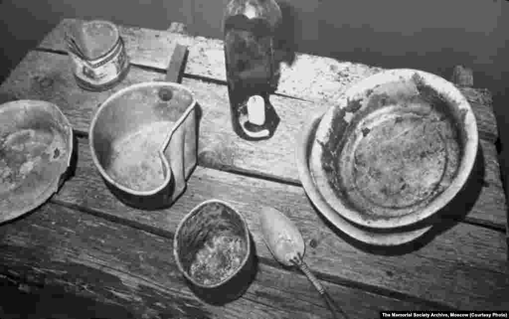 Eating utensils recovered on an expedition to former Gulag sites (undated)