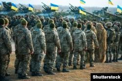 Украинские военные на полигоне в Житомирской области, 21 ноября 2018 года