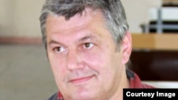Биолог, писатель Дмитрий Жуков
