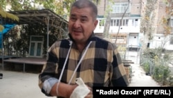 Opposition party leader Rahmatillo Zoirov said a man hit him with a metal bar.