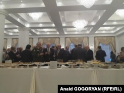 На прийомі у так званому «посольстві» Росії у Сухумі