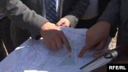 Кыргызстан менен Тажикстан жалпысынан 970 чакырым чектешип турса, анын 520 чакырымы эки тараптуу такталган.