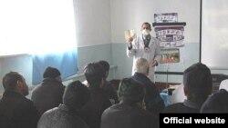 Bolnavi de TBC într-o închisoare din Baku