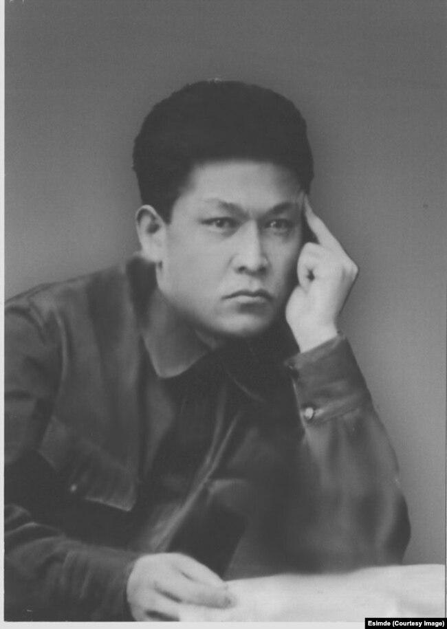 Джусупбек Есеналиев. 1937 год.