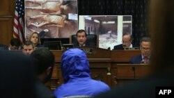 اد رویس (نفر وسط) رییس کمیته روابط خارجی مجلس نمایندگان آمریکا