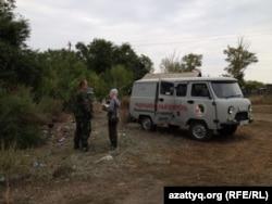 Бригада сотрудников Национального ядерного центра в поселке Калачи. Акмолинская область, 7 сентября 2014 года.