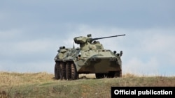 БТР-82А бронетранспортеры