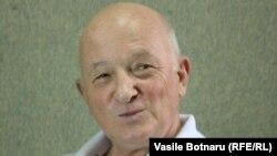Oazu Nantoi în studioul Europei Libere de la Chișinău
