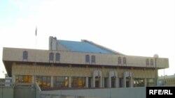 Камал театры бинасы
