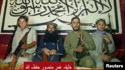 На снимке: пакистанские талибы