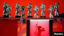 """""""Berlinale"""" festivalının ayı heykəlcikləri"""