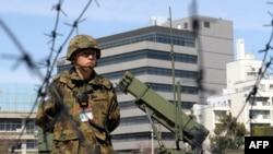Ракеты и обслуживающие их американские солдаты должны появиться в 100 километрах от российской границы в апреле.