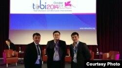 Врачи из Казахстана Марат Арипов, Дмитрий Тё и Алексей Гончаров на конференции в Италии. Венеция, 3 октября 2014 года.